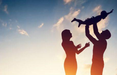 האם רגשות האשם שלך בגידול הילדים מוצדקים?